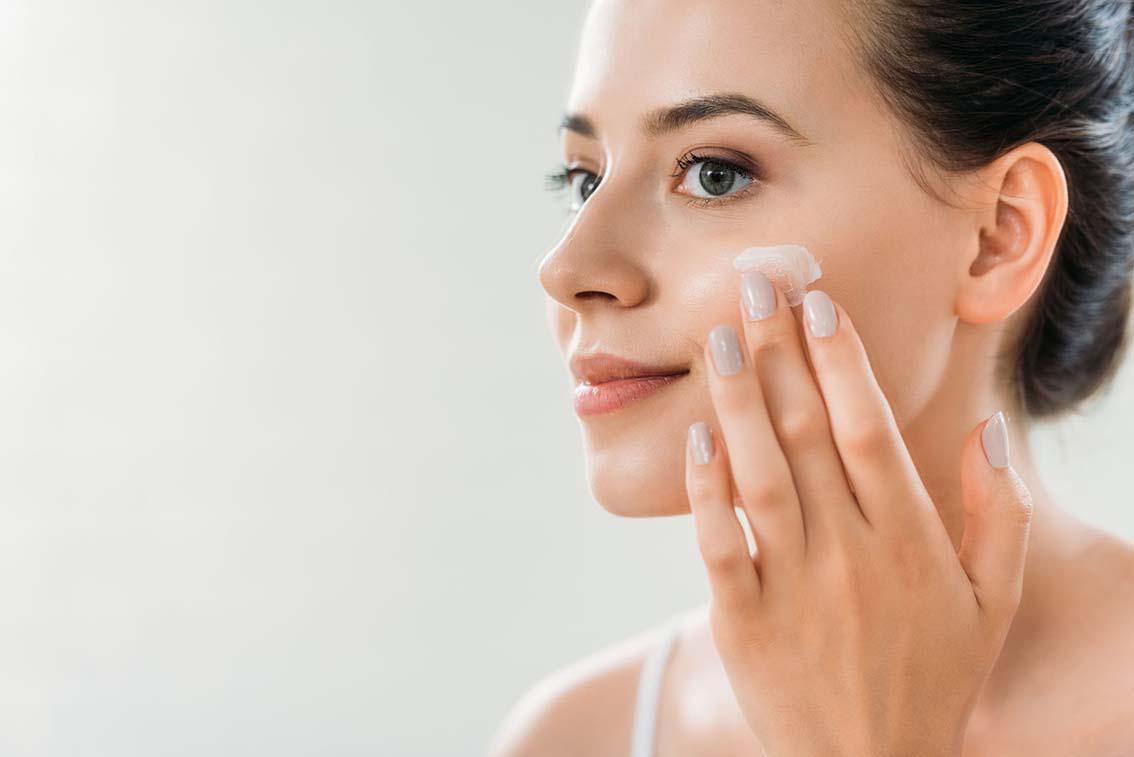 Dermatologie: conseils pour une belle peau en hiver